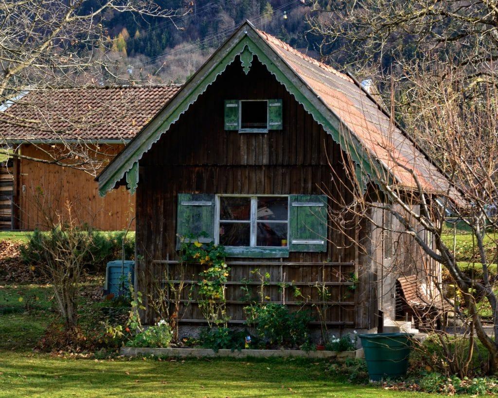 cabane abri jardin