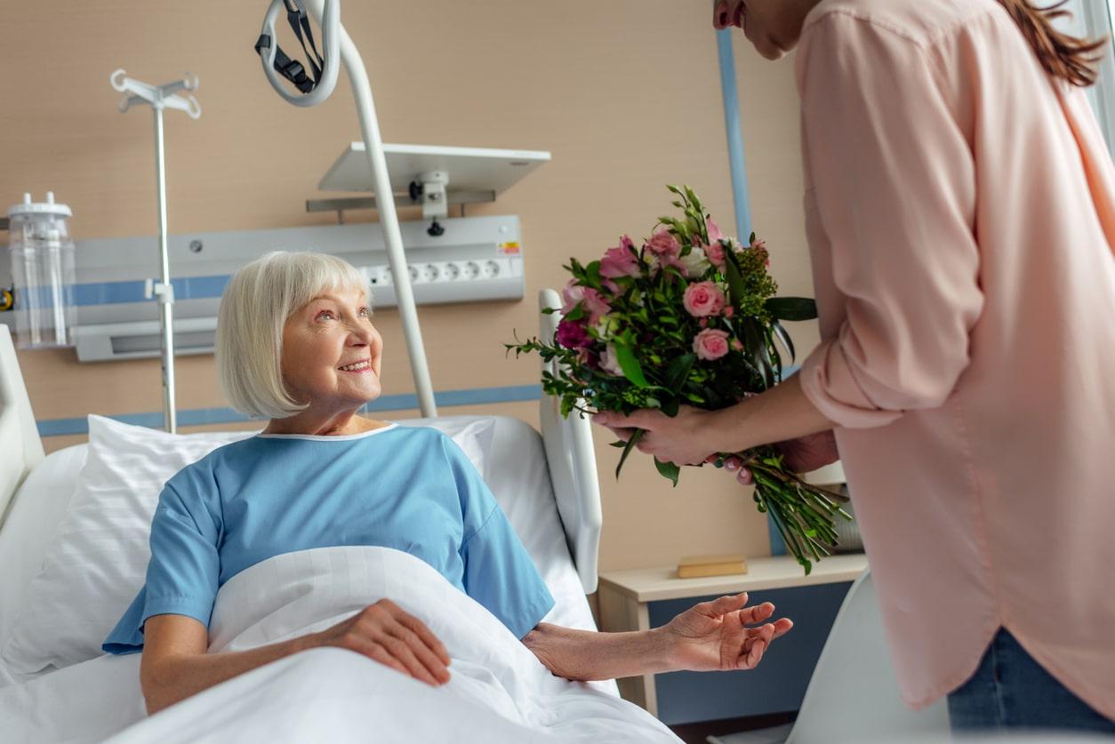 offrir bouquet fleur malade hopital