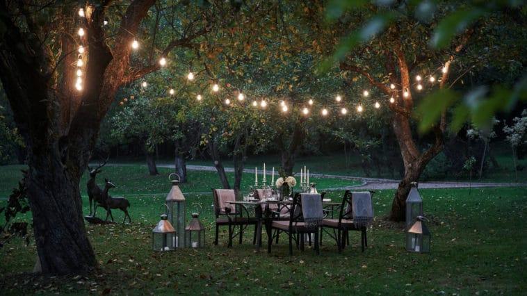 salon de jardin lanterne guirlande
