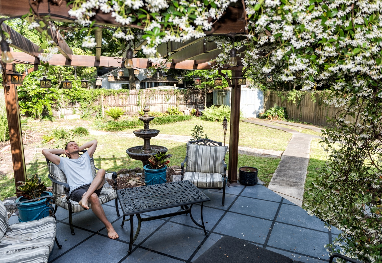 salon de jardin pergola fontaine
