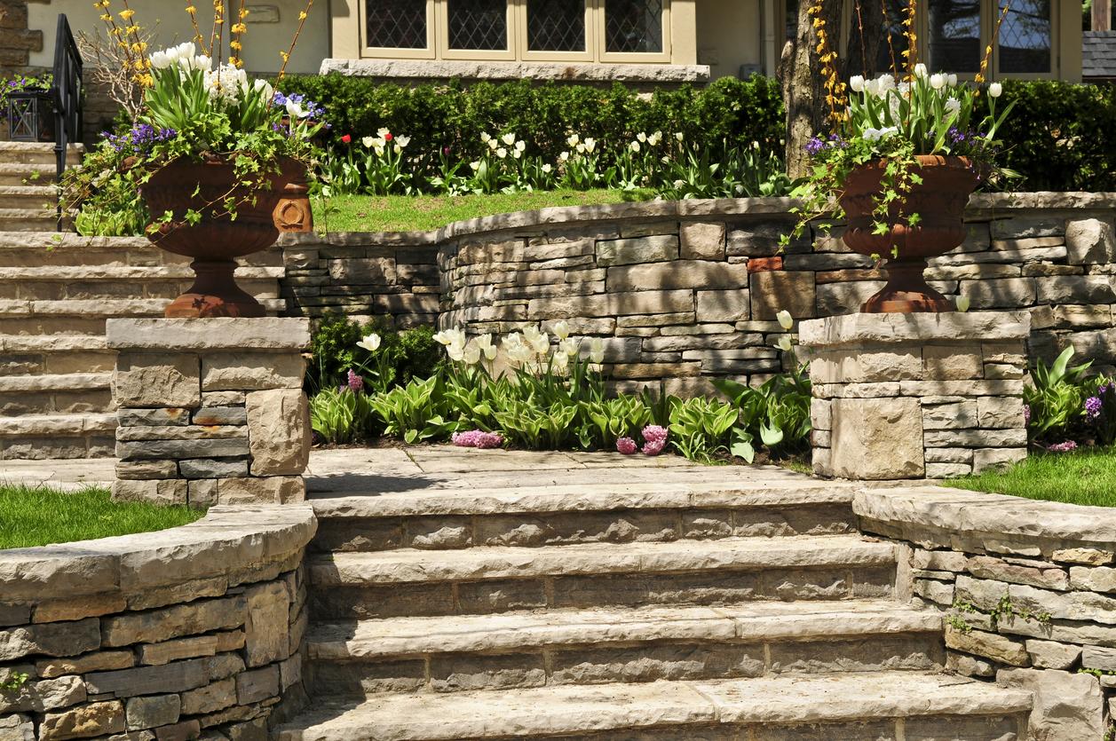 escaliers jardin en pente